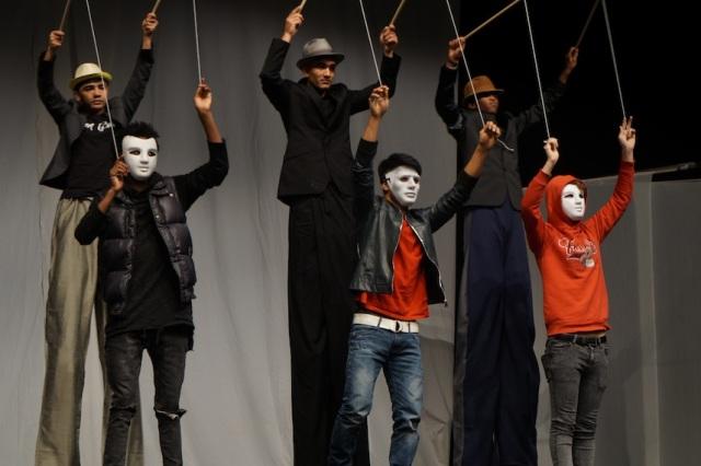 premiere marionetten high position.jpg