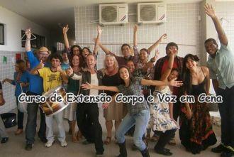 2011 Performance der Universitaetsgruppe NESP in Feira de Santana Choreografie Frank Haendeler und Jolanta Rekawek
