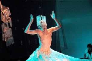2008 Solo Methamorfoses Solo von Frank Händeler Teil seines Masterstudiengangs in den darstellenden Kuensten Unrsitaet UFBA Salvador Bahia Brasilien