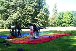 2016 Abenteuer Sommerferien Workshop 4 Akrobatik mit Simone Wedel - F Haendeler - ÜberBrücken Frankfurt