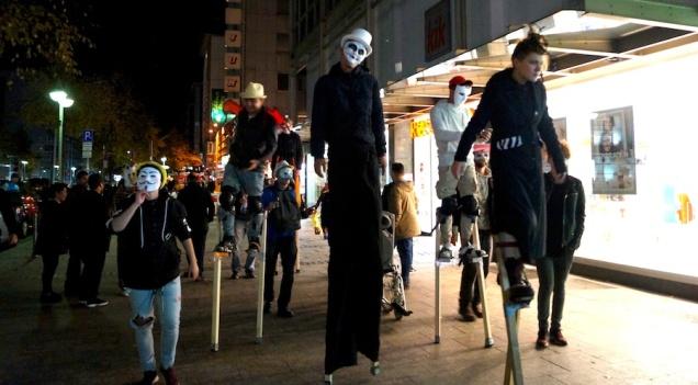 Halloween - Initiative-der Jugendlichen-des Projektes Feder-im-Wind-ein-Neubeginn