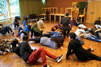 2016 UeberBruecken + AWO Hubertus Theaterspiele - S Wedel